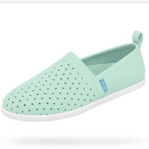 NWOB Native Venice Perforated Aqua Sneaker Size 8